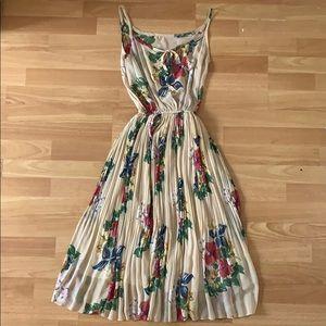 Vintage style floral print dress